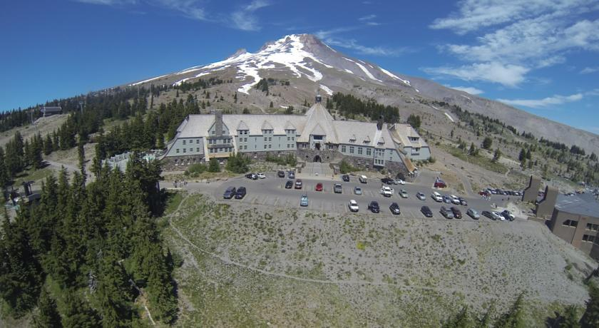 Timberline Hotel-Overlook
