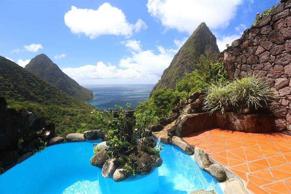 Santa Lucia - Ladera Resort