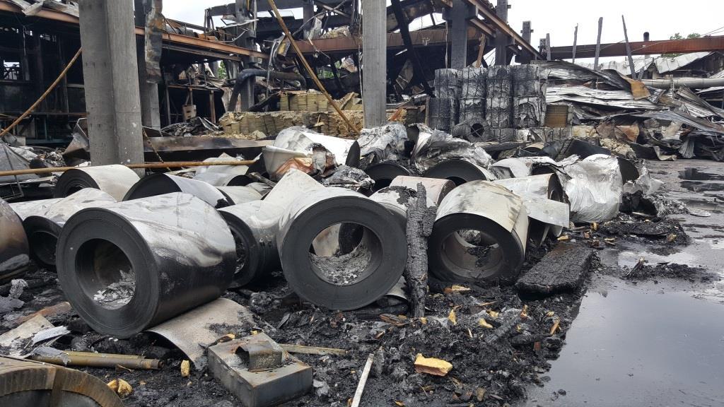 Italpannelli - danni materiali a seguito dell'incendio